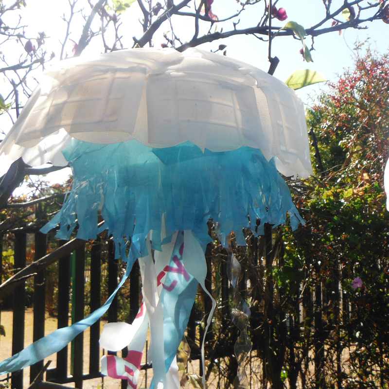 milk bottle plastic bag jellyfish1