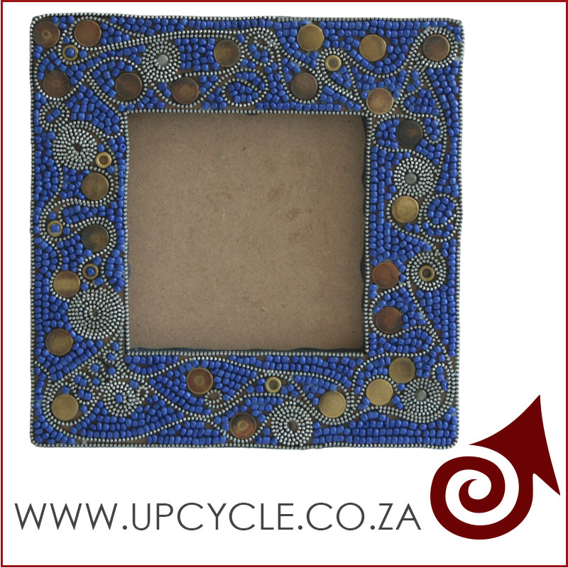 zip and press stud picture frame done with mosaic techique